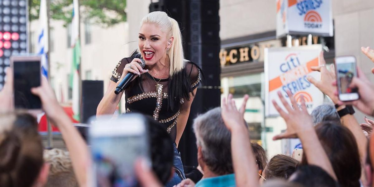 Lawsuit: Gwen Stefani sparked stampede, broken leg during Charlotte concert