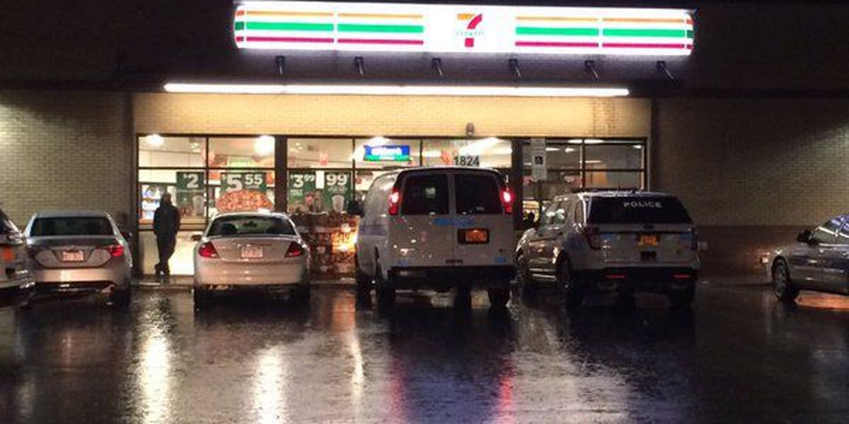 Two men wanted in Charlotte convenience store robbery