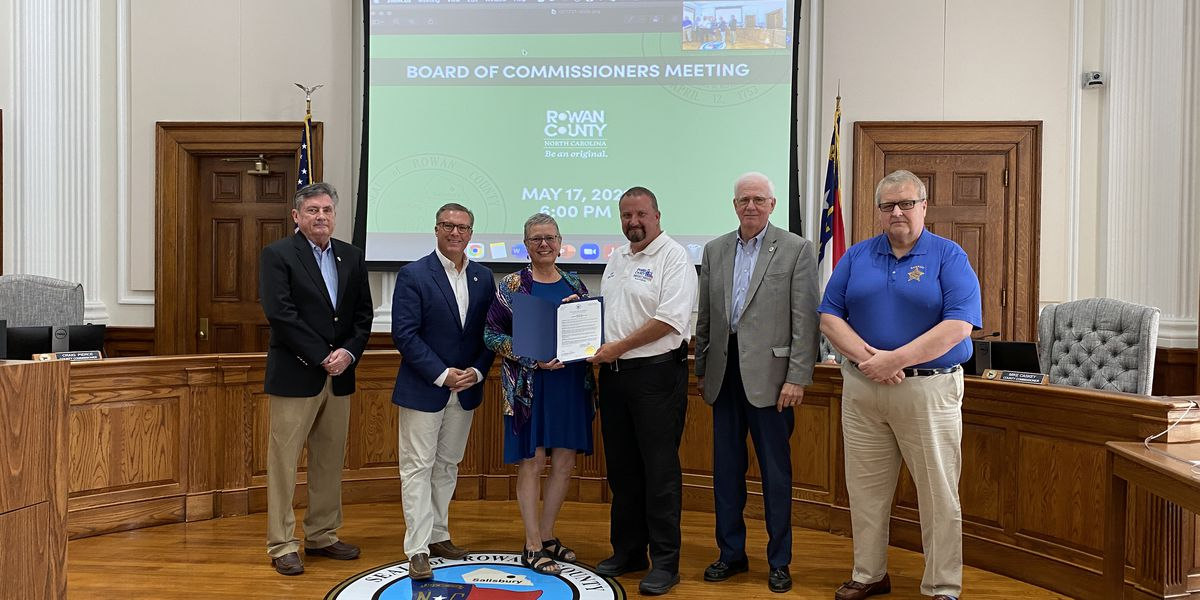Commissioners recognize Emergency Services Week in Rowan