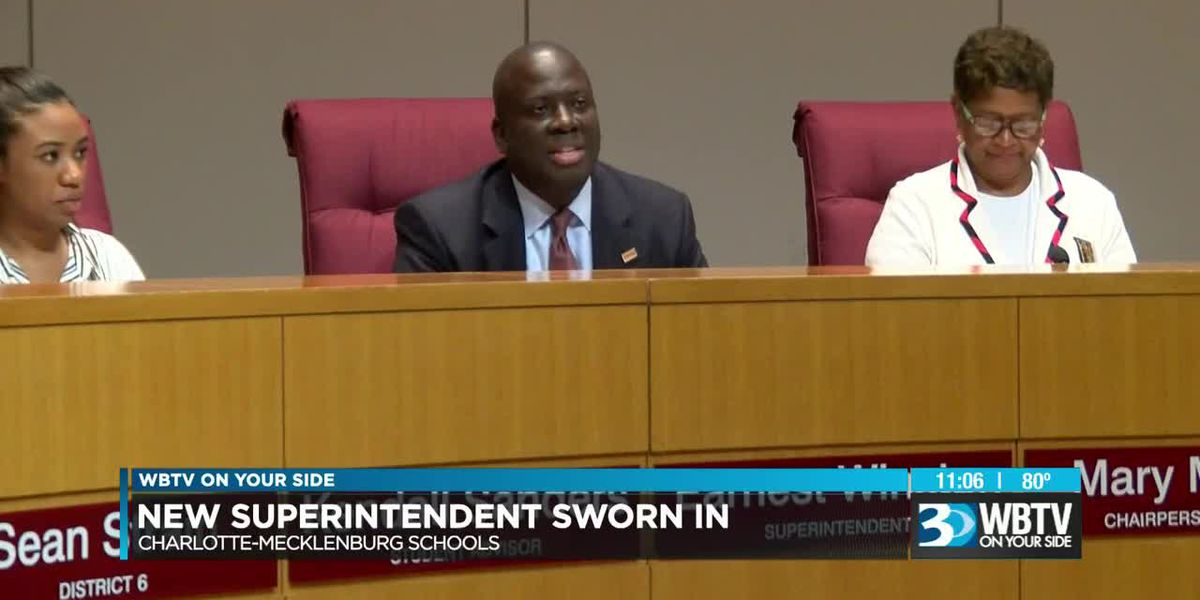 Earnest Winston sworn in as superintendent, CMS Board approves price increase for school lunches at meeting
