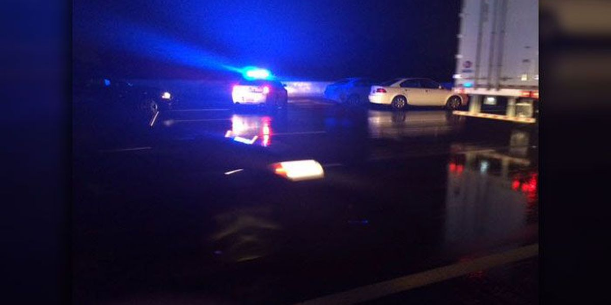 CMPD detective seriously injured in crash on I-485, police say