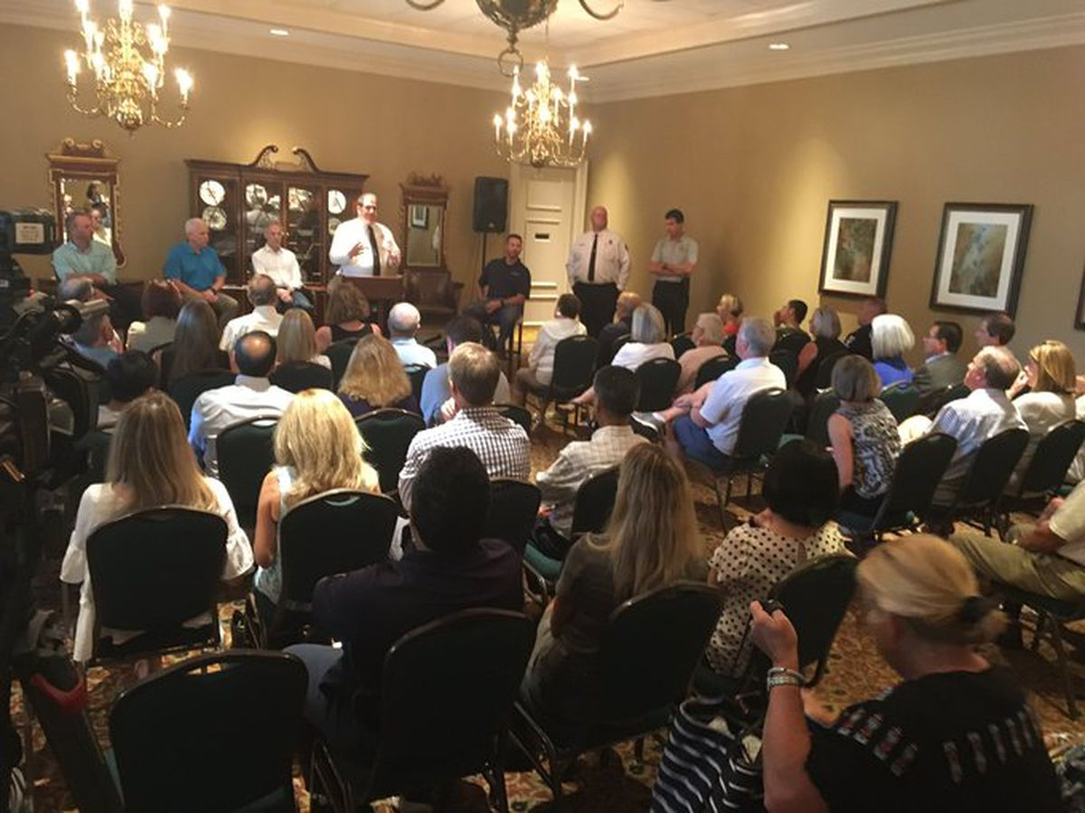 Ballantyne residents meet with Charlotte Fire, Piedmont