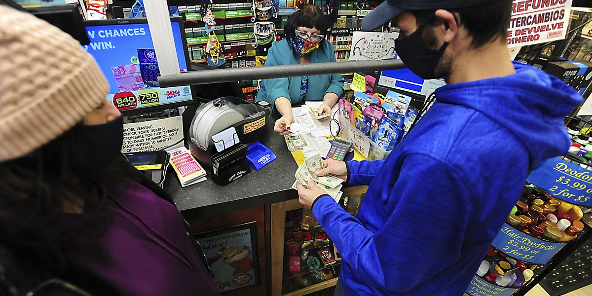 1 winner of Mega Millions $1B prize; 3rd largest ever in US